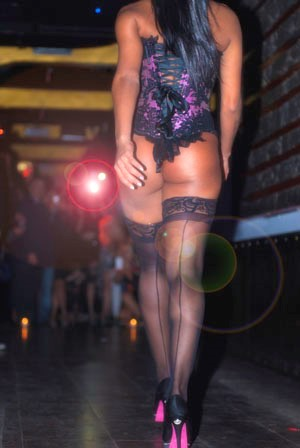 Daniela Colzani Fashion Show: elegance and eroticism