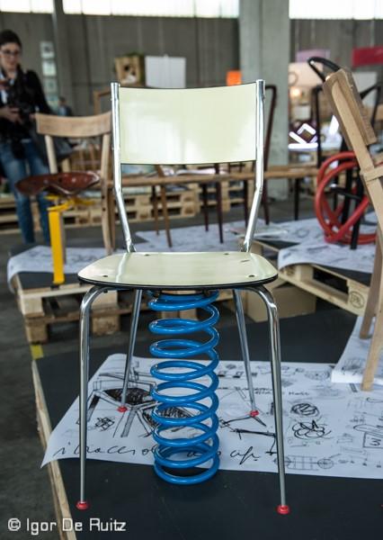 30 sedie per non sedersi, Mario Ghiretti e Federica Guaeschi (Ventura Lambrate)
